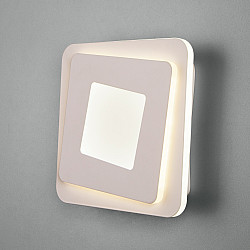 Настенный светодиодный светильник 90154/2 белый
